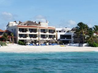 VillasDeRosa:A small family owned resort-3-bedroom - Akumal vacation rentals
