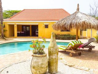 20% Discount in Aug+Sept - Caribbean style house - Noord vacation rentals