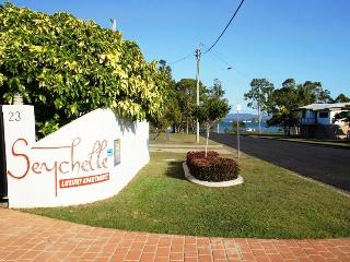 Seychelle Holiday Units - Tin Can Bay vacation rentals