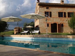Villa Girasole Monteleone - Servigliano vacation rentals