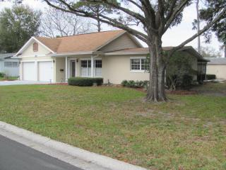 Florida ranch style home on a golf course. - Casselberry vacation rentals