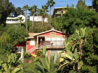 Silver Lake Hills! Views! 2 Master Suites, Lush - Los Angeles vacation rentals