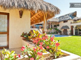 Luxury 6,800 ft Villa Boda, Spectacular Ocean View - La Penita de Jaltemba vacation rentals