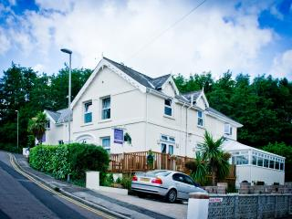 8- bed Luxury House in Beautiful Lyme Regis Dorset - Lyme Regis vacation rentals