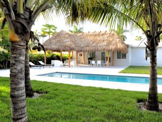 The Relax House: 2 Bedrooms with pool and tiki hut - Bal Harbour vacation rentals