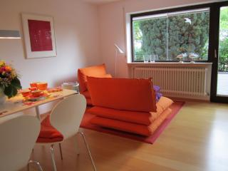 LLAG Luxury Vacation Apartment in Tübingen - 592 sqft, high-quality furniture, with terrace and private… - Hechingen vacation rentals