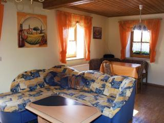 Vacation Apartment in Spalt - 484 sqft, comfortable, bright, quiet (# 5370) - Spalt vacation rentals