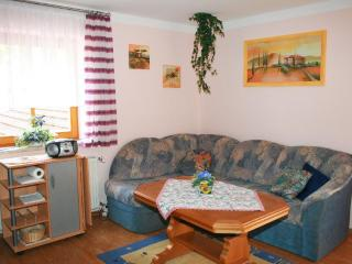 Vacation Apartment in Spalt - 689 sqft, comfortable, bright, quiet (# 5372) - Zirndorf vacation rentals