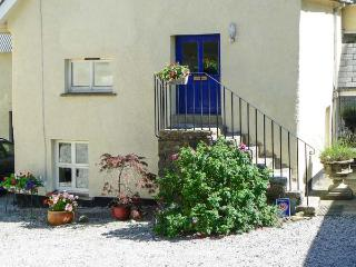 SWALLOWS, first floor apartment, double bedroom, romantic retreat, rural location, in Spreyton,Ref 16891 - Devon vacation rentals