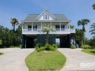 Just Us - Beautiful Marsh Views, Easy Beach Access, 4BR/3.5BA - Edisto Island vacation rentals