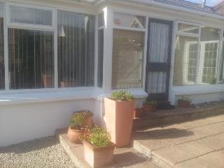 The Garden Rooms Portrush, luxury Holiday Apart. - Portrush vacation rentals