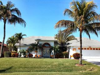 Barefoot-Sunsets Cape Coral Vacation Villa - Cape Coral vacation rentals