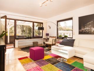 Apartment am Waldrand in Freiburg - Staufen vacation rentals