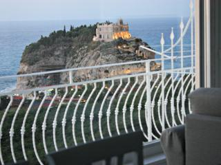 Luxury holiday home and stunning seaview in Tropea - Tropea vacation rentals