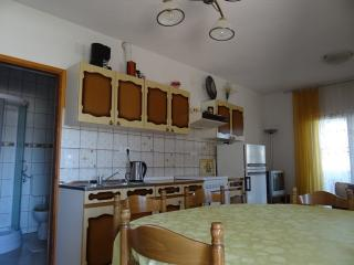 APARTMENT A4 CLOSE TO THE BEACH - Pag vacation rentals