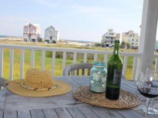 Steps from Pool/Beach 4BR/4BA, Clean and Spacious - Fort Morgan vacation rentals