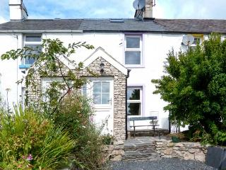 LAVENDER COTTAGE, beams, stone-flagged floors, WiFi, enclosed garden, Ref 30214 - Great Urswick vacation rentals