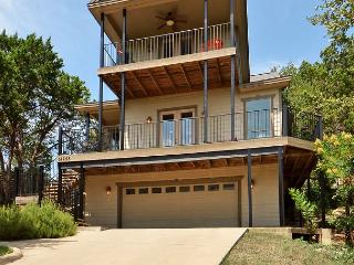 3BR/3BA Custom Lake Austin Home, Amazing Hill Country Views, Sleeps 12 - Jonestown vacation rentals