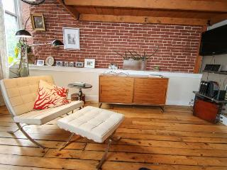 Amazing Location in Historic Old City! Sleeps 5 - Philadelphia vacation rentals
