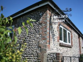 GALLOPS FARM HOLIDAY COTTAGE 2 - Worthing vacation rentals