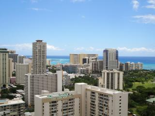 2BR / 2BTH Amazing Panoramic, Ocean Views, HM 3506 - Honolulu vacation rentals
