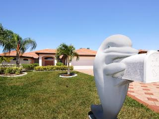 Villa EarlySunset, Gulf access, Pool and Spa, Boat - Cape Coral vacation rentals