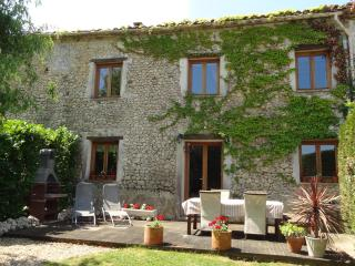 La Grange - Spacious family holiday cottage - Allemans vacation rentals
