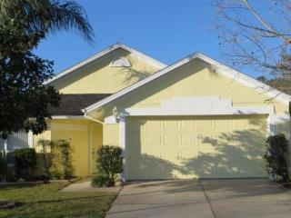 631009-Cozy 3B/2B Pool Home in Lindfields Community - Four Corners vacation rentals