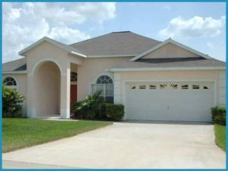 4 bedroom 3 bathroom pool home villa at Westridge, close to Disney, Orlando - Warwick vacation rentals