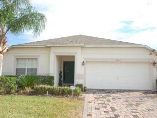 Beautiful 4 bedroom 3 bathroom pool home villa at Westhaven close to Disney 34116 - Andalusia vacation rentals