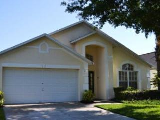 Deluxe 4 bed 3 bath pool home at the gated community of The Manors, Westridge near Disney, Orlando - Warwick vacation rentals