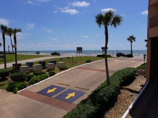 Beautiful, newly remodeled 1 bedroom condo - Galveston vacation rentals