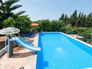 TORRENT VELL - Sa Pobla vacation rentals