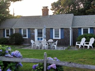 Dennis Seashores Cottage  7 - 3BR 1BA - Dennis Port vacation rentals