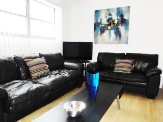 Ideally located in South Beach on Collins / 8th - Miami Beach vacation rentals