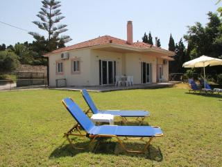 Helidonia Villas, SEA BREEZE-Rethymno city center - Rethymnon vacation rentals