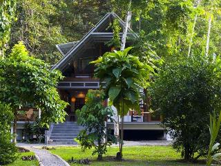 Casa Bella-Jungle retreat steps from the Carribean - Puerto Viejo de Talamanca vacation rentals