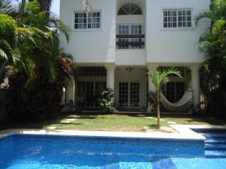 Beautiful Villa in Playacar with own swimming pool - Yucatan-Mayan Riviera vacation rentals
