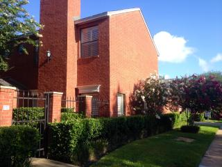 Superb Location!  2 BDRM, 2.5 Bath Luxury Townhome - Houston vacation rentals
