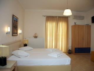 Thalassa apartments Lefkada - studio 2-3 persons - Perigiali vacation rentals