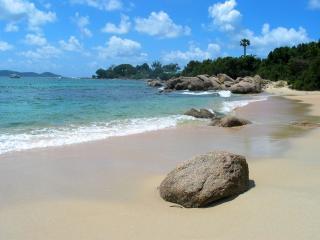 MINI-VILLA AGOSTA Plage - Porticcio vacation rentals