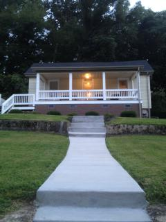 1910 Newly Renovated Home! WOW So many features!!! - Chattanooga vacation rentals