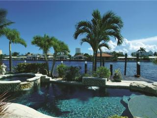 VILLA DEL MARE, WATERFRONT FAMILY-HOME,POOL & SPA - Lauderdale by the Sea vacation rentals