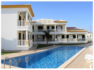 Apartments and villas for holiday! - Albufeira vacation rentals