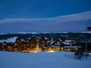 Ski In-Ski Out  X-Mas Dec 19th - 26th 2015 Grand Lodge on Peak 7 Breckenridge, Co. - Breckenridge vacation rentals