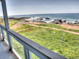 Luxurious Oceanfront Home with Hot Tub! FREE NIGHT - Yachats vacation rentals