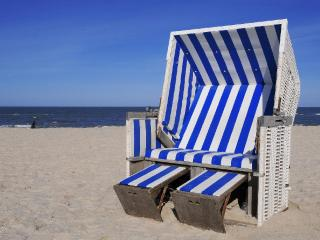 Vacation Apartment in Warnemünde - 85535532 sqft,  (# 4343) - Bastorf vacation rentals