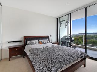 Central Canberra Location with views - Canberra vacation rentals