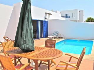 VILLA BLAULOVI IN PLAYA BLANCA FOR 4P - Playa Blanca vacation rentals