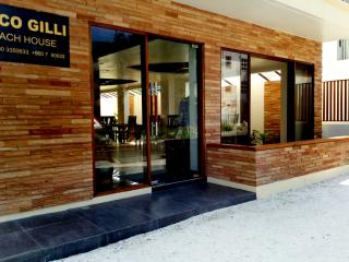 Coco Gilli Beach house - Hulhumale vacation rentals